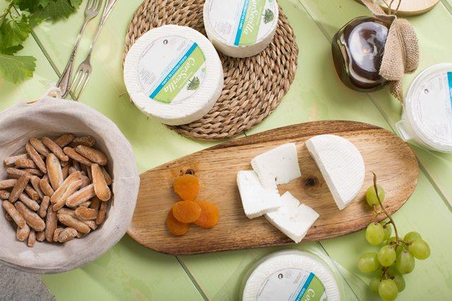 cuánto queso fresco comer al día