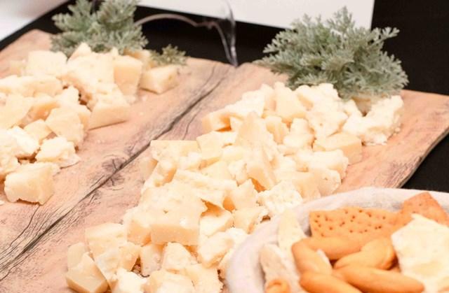 refranes y queso